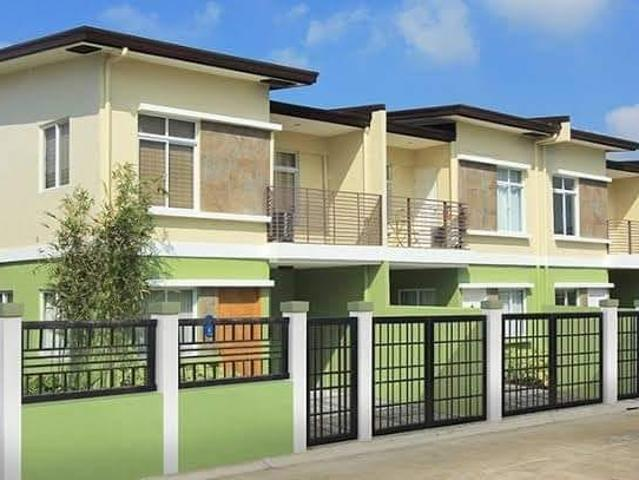 Adelle Townhouse With Fence Near Naia