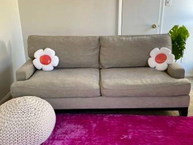 Affordable 2 Bedroom South Congress Apartment With Walk In Closets South Congresswilliam C...