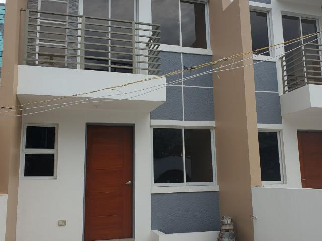 Affordable Townhouse For Sale Near C5 Extension Las Pinas City