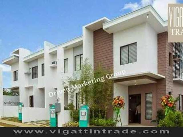 Affordable Townhouse In Qc 2015 Turnover