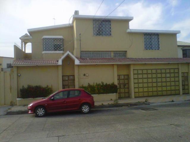 Casas norte en venta en los lamos guayaquil mitula - Cerramientos de casas ...