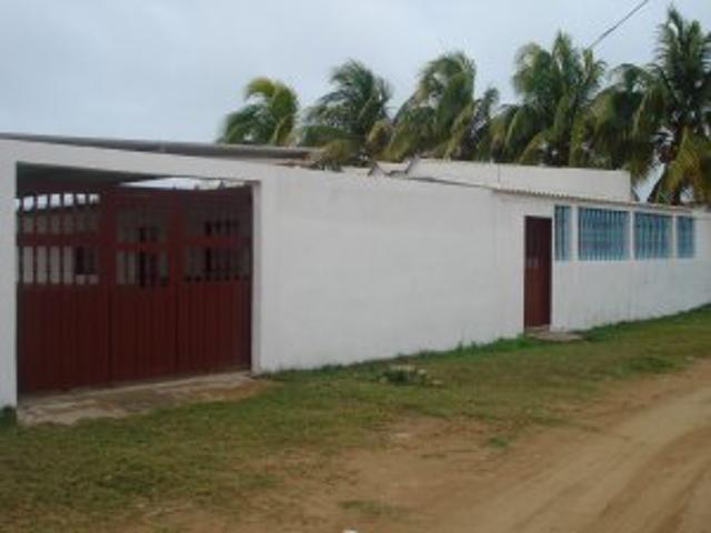 Alquiler De Casa La Porteña En Playa Adicora