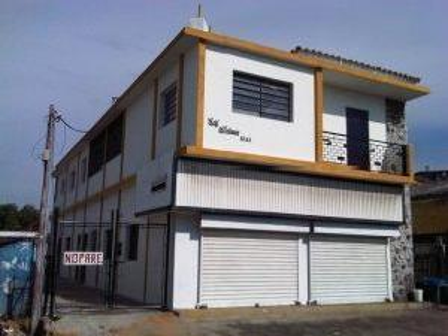 Alquilo Local Comercial Las Delicias
