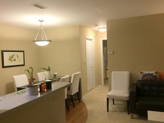 Amazing Apartment For Sublease Western Suburbs, Bloomingdale, Il 750ft2, 1br/1