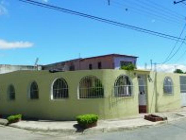 Amplia Casa Urb. Corocito Sta Cruz Edo. Aragua