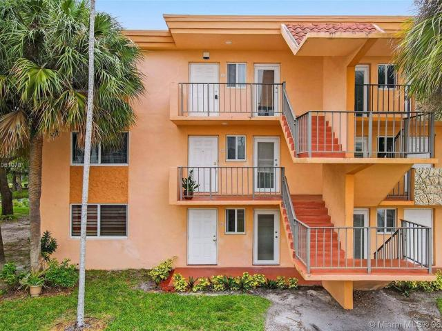 An Amazing Spacious 2nd Floor Condo Ready For Move In 55+ Community! This 2 Bedroom, 2 Bat...