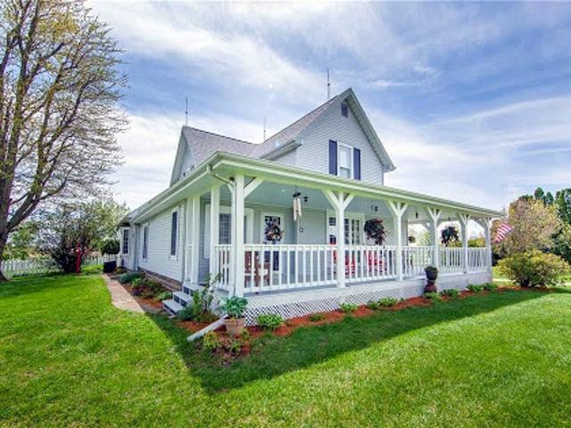 Anderson Four Br Two Ba, Stunning Farmhouse In Lapel Schools Wit