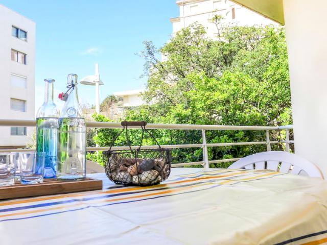 Location appartement residence miramar biarritz mitula for Biarritz appart hotel