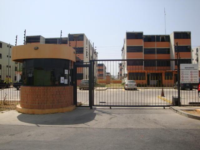 Apartamento En Venta En Buenaventura Los Guayos Carabobo Código 169476