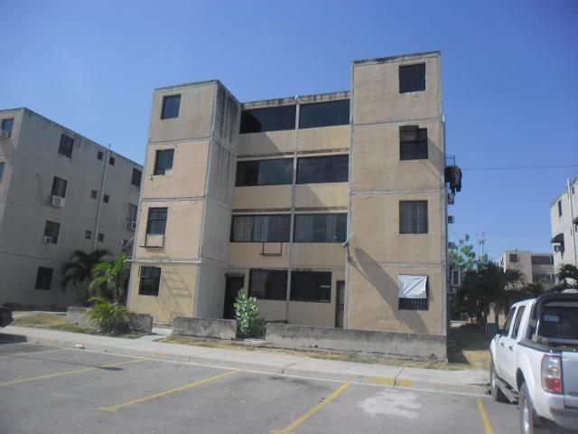Apartamento En Venta En Buenaventura Los Guayos Carabobo Código 174254