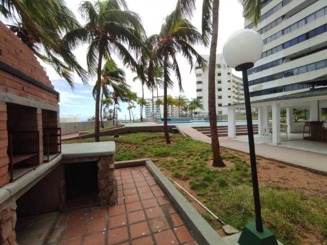 Apartamento En Venta En Pampatar Nueva Esparta 107 M2. 2 Hab