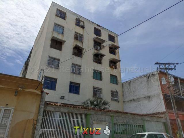 Apartamento En Venta En Santa Rosa Maracay
