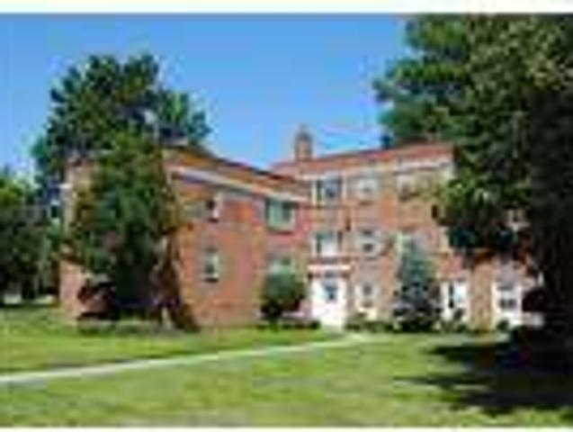 Apartment For Rent In Euclid