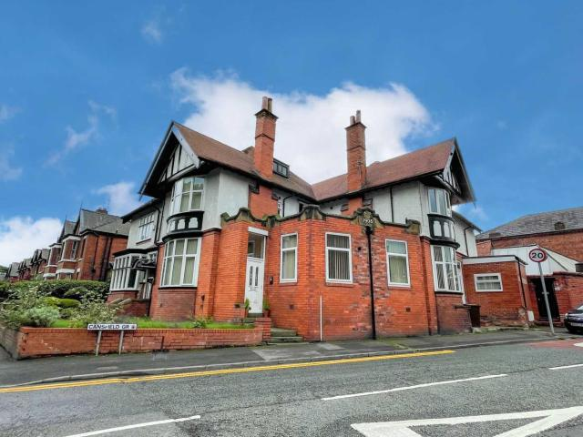 Apartment In Cansfield Grove, Ashton In Makerfield