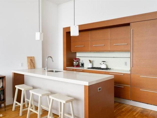 Apartment Unit Brooklyn Heights Ny For Sale At 2100000