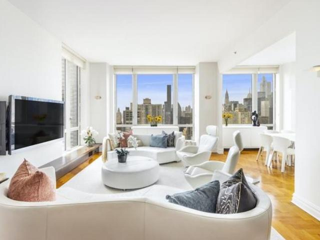 Apartment Unit New York Ny For Sale At 2695000