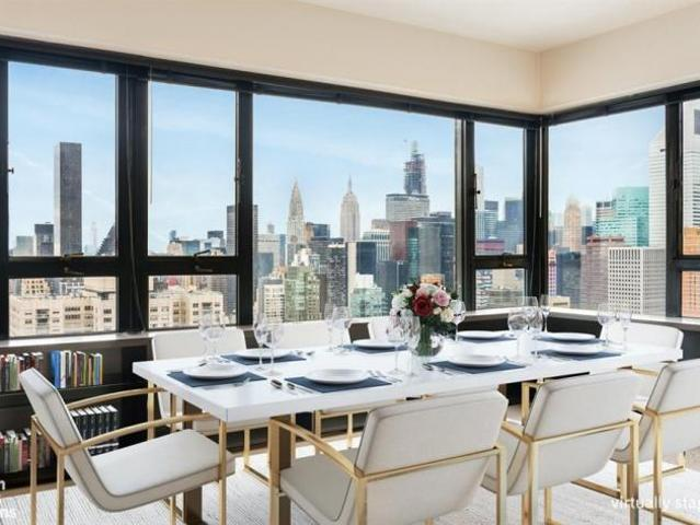 Apartment Unit New York Ny For Sale At 2950000