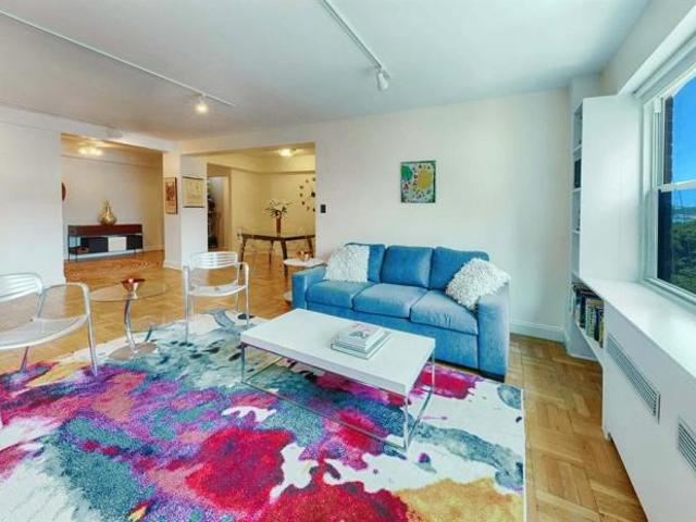 Apartment Unit New York Ny For Sale At 945000
