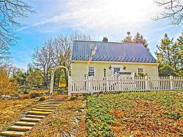 Available Now 3 Bedroom, 2 Bath New England Saltbox Home For Rent. 115 Pleasant Ln, Stroud...