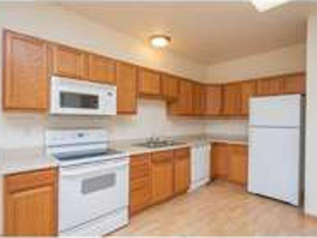 Available Now! One Br Condo W/ New Carpet!