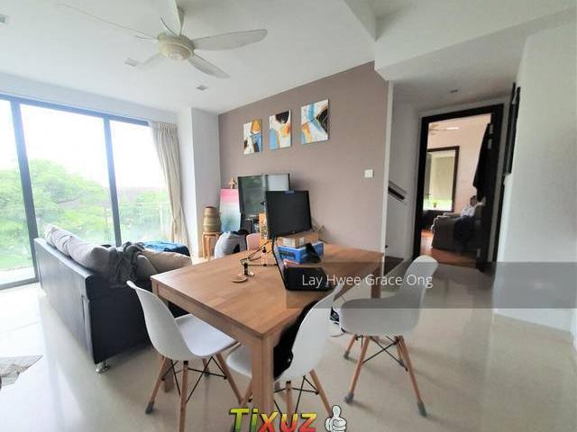 Axis Siglap D15 Apartment For Sale