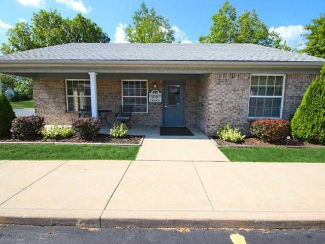 Ay And Check Out Our Lovely 3 Bedroom Townhome Morris