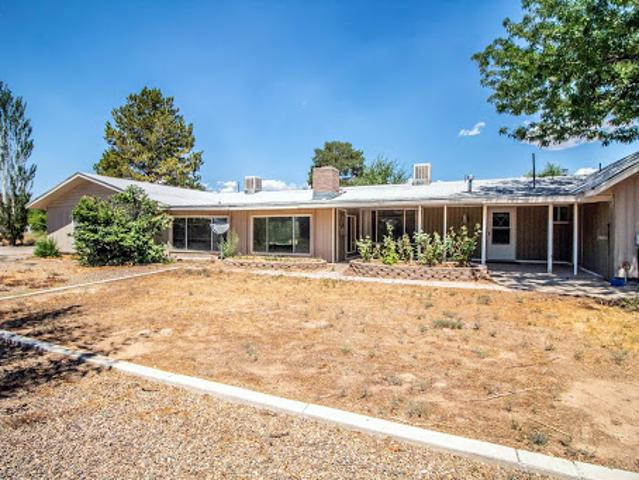 Aztec Three Br Two Ba, Incredibly Priced Spacious Home On 1 Acre