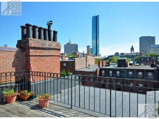 Back Bay 2 Bed Duplex Modern Renovated Great Space Roof Deck