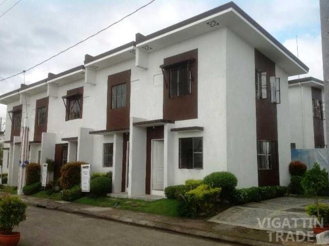 Bacoor City 2 Storey Townhouse With 2 Bedroom Provision