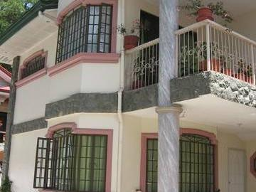 Baguio Brentwood Townhouse