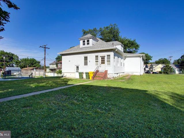 Baltimore Three Br Two Ba, This Home Has A Ton Of Potential And