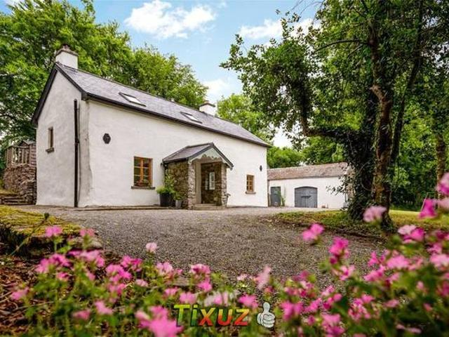 Loughrea Vacation Rentals & Homes - County Galway