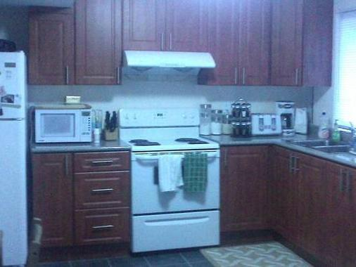 Basement Apartment Walk In For Rent!
