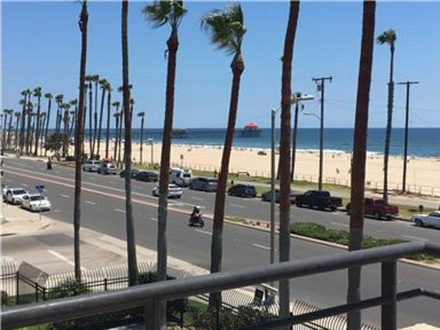 Beachfront Furnished One Bedroom Condo