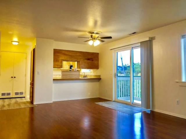 Beautiful 2 Bedroom 1 Bath Apartment Available August 12th Eagle Point