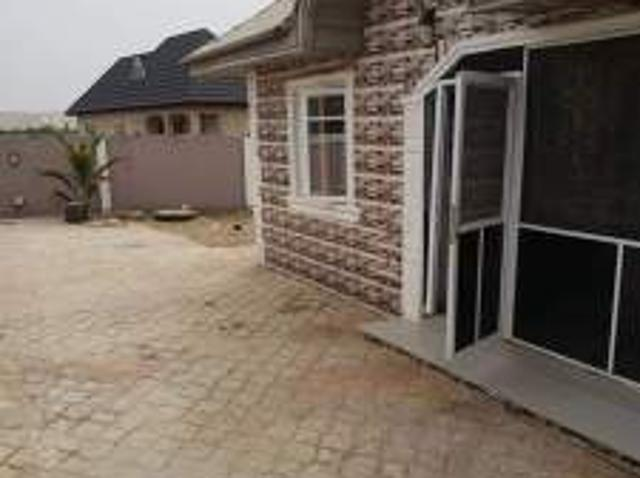 Beautiful 3 Bedrooms Flat For Sale At Magboro