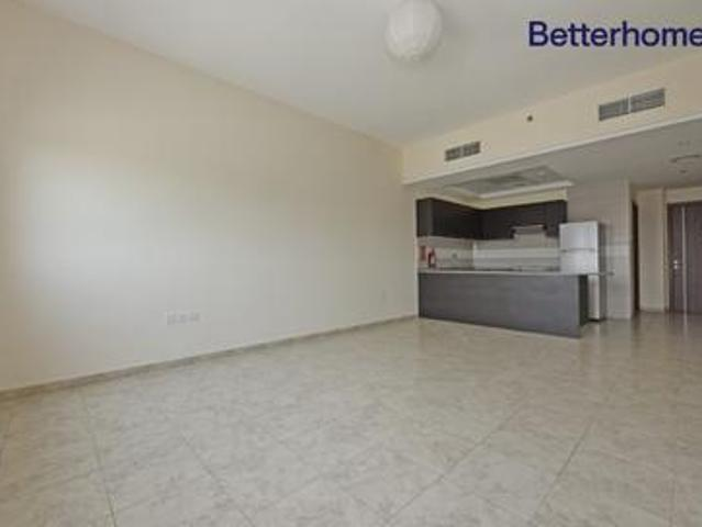 Beautiful Apartment | With Appliances | Vacant