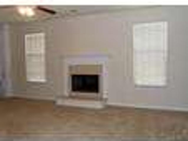 Beautiful Five Br Home Avery