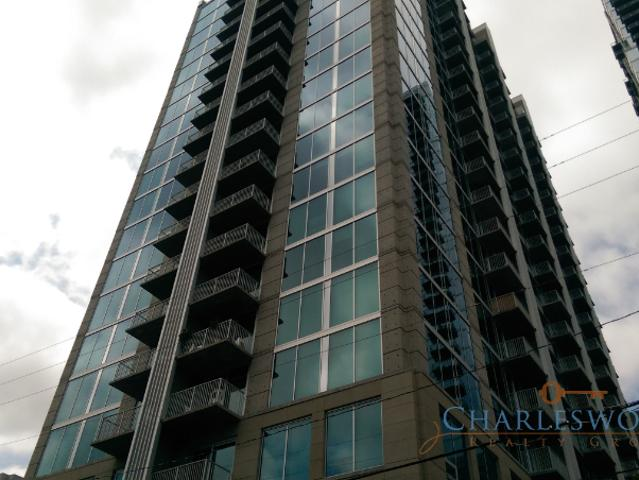 Beautiful High Rise In Atlanta. 2 Bed/2 Bath