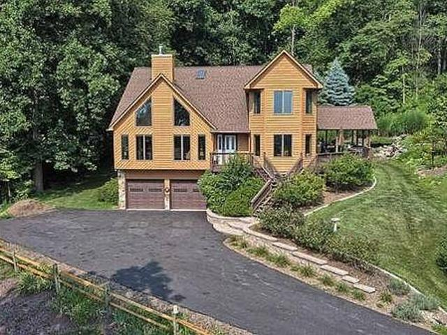 Beautiful House Available For Sale Frederick