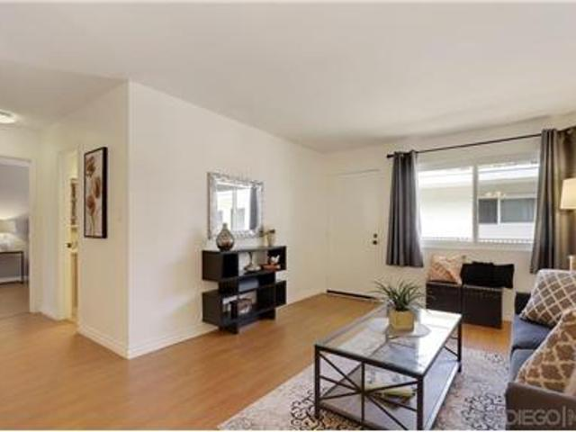 Beautiful Move In Ready Condo On The Top Floor