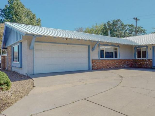 Beautifully Maintained 3beds And 2baths Home For Rent Albuquerque