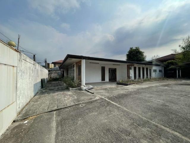 Bf Homes 365 Sqm Commercial Lot/space For Sale In Parañaque City