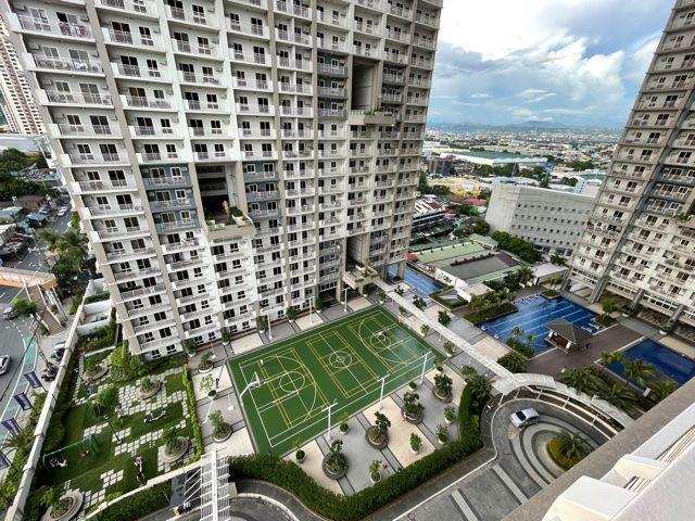 Brand New 3 Bedroom Fully Furnished Unit With Tandem Parking Slot