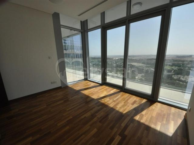 Brand New 3b/r In Burj Daman Now For Rent Aed 255,000