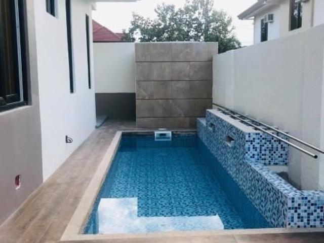 Brand New 4 Bedroom House With Pool For Sale Near Clark/sctex