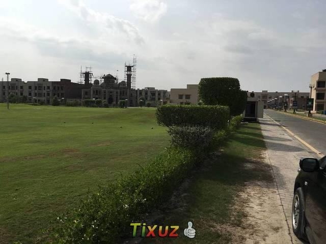 Brand New Apartment For Sale Icon Valley Adj Bahria Orchards 10 Marla