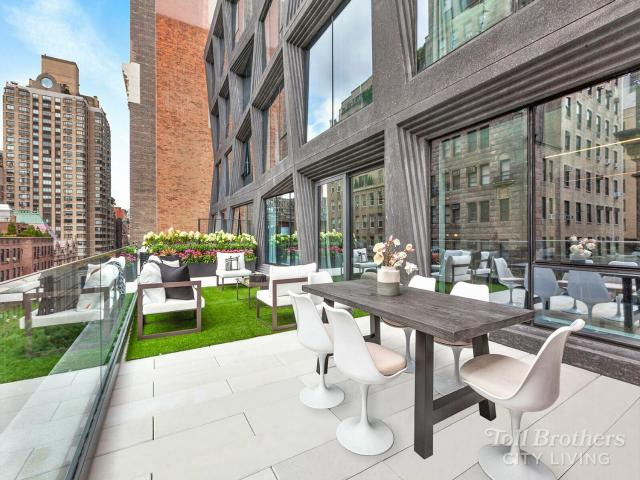 Brand New Home In New York, Ny. 4 Bed, 4 Bath