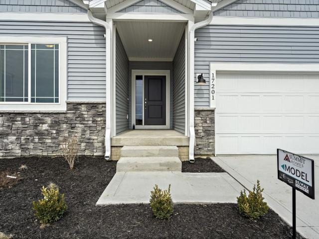 Brand New Home In Urbandale, Ia. 3 Bed, 2 Bath