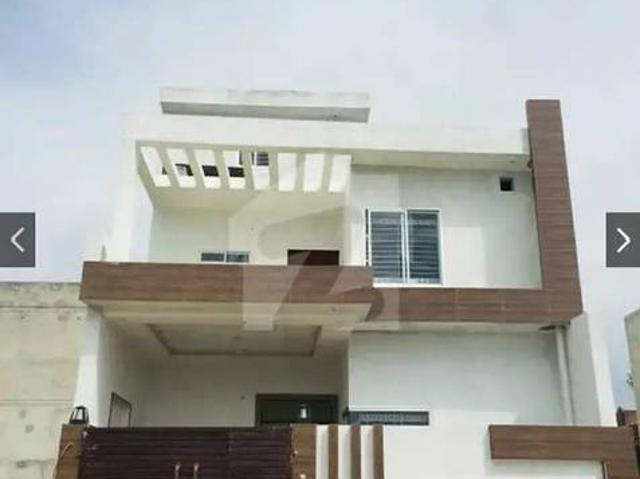 Brand New House In Model Town Gujrat